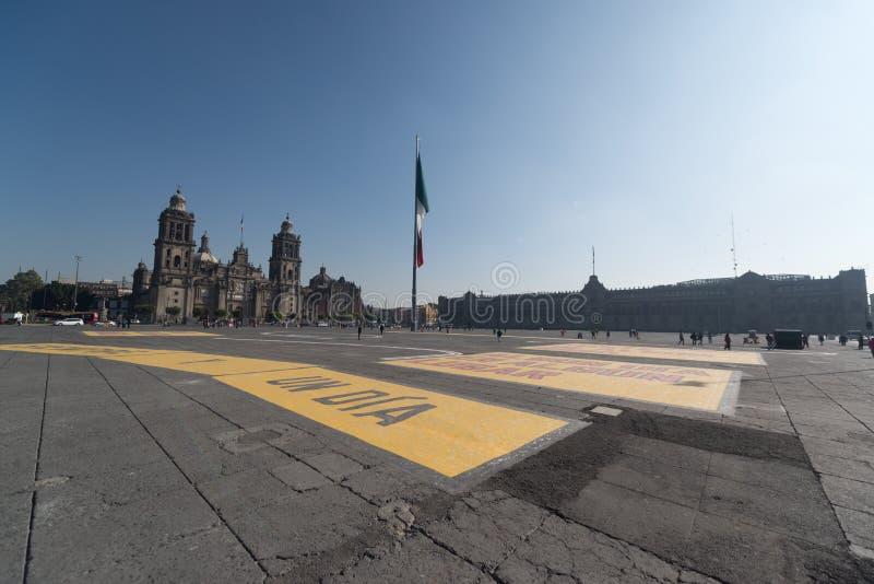 Domkyrka metropolitana de la ciudad de Mexico på den Zocalo fyrkanten arkivfoto