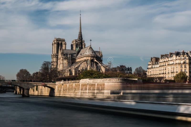 Domkyrka Notre Dame i Paris arkivfoto