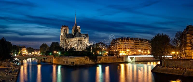 Domkyrka Notre Dame i Paris arkivbilder