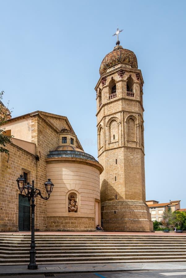 Domkyrka Santa Maria Assunta i Oristano arkivbild