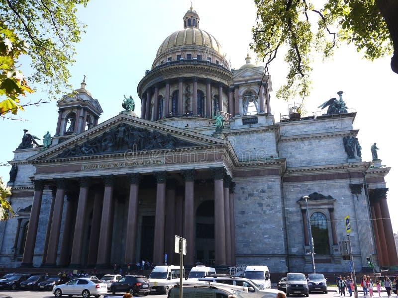 Domkyrka St Petersburg för St Isaacs Havshuvudstaden av Ryssland Detaljer och närbild arkivfoto