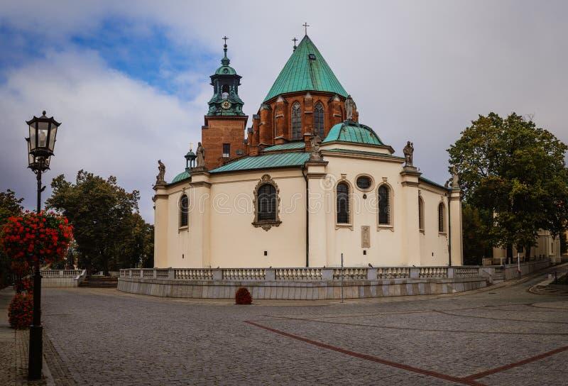 Domkyrkabasilika av antagandet, Gniezno, Polen arkivfoto