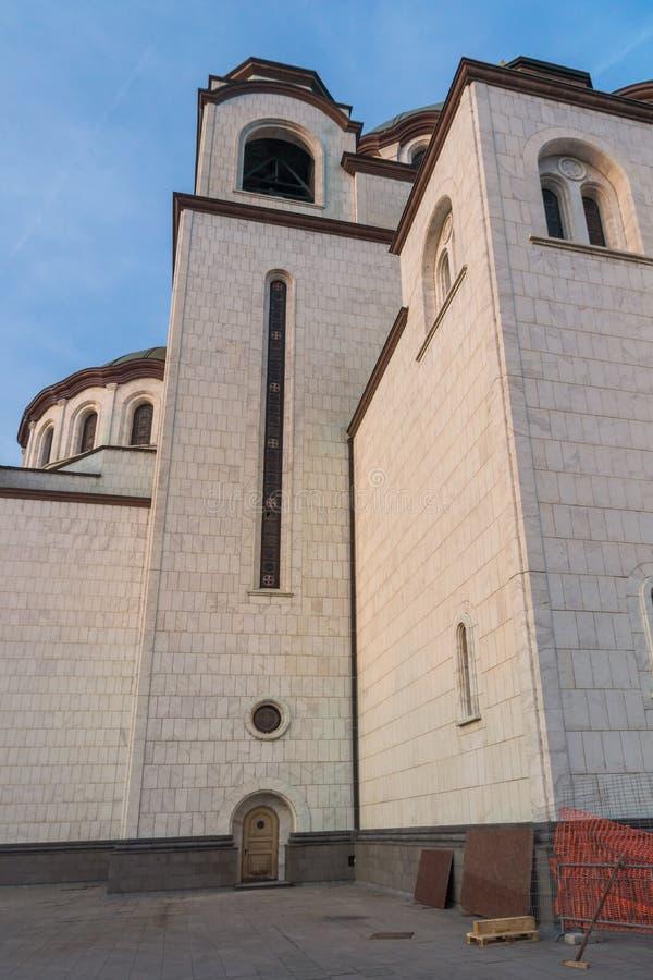 Domkyrkakyrka av helgonet Sava i mitten av staden av Belgrade, Serbien arkivbilder