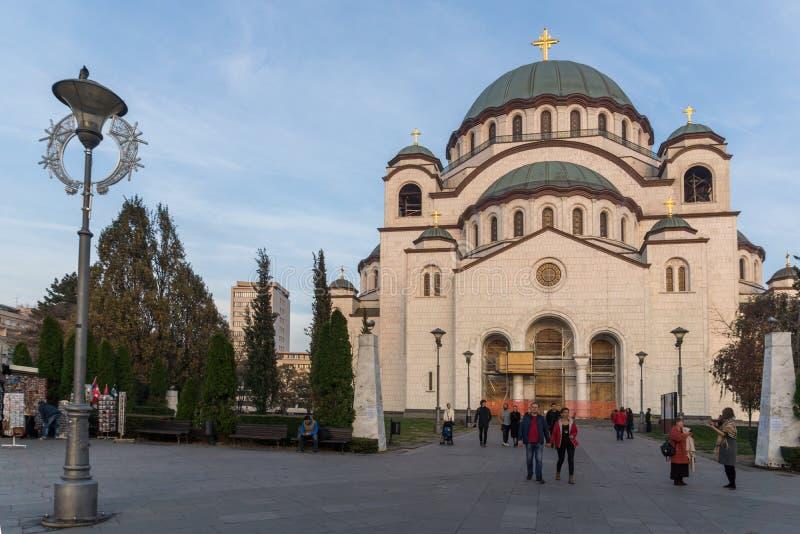 Domkyrkakyrka av helgonet Sava i mitten av staden av Belgrade, Serbien fotografering för bildbyråer