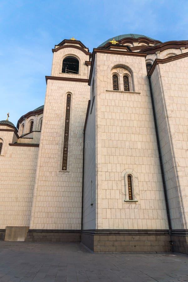 Domkyrkakyrka av helgonet Sava i mitten av staden av Belgrade, Serbien royaltyfri bild
