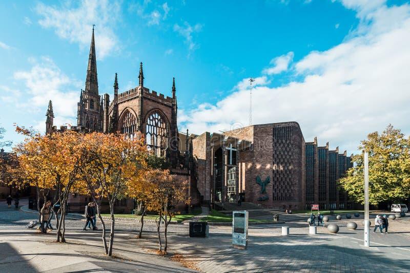 Domkyrkakyrka av St Michael i Coventry, England royaltyfri bild