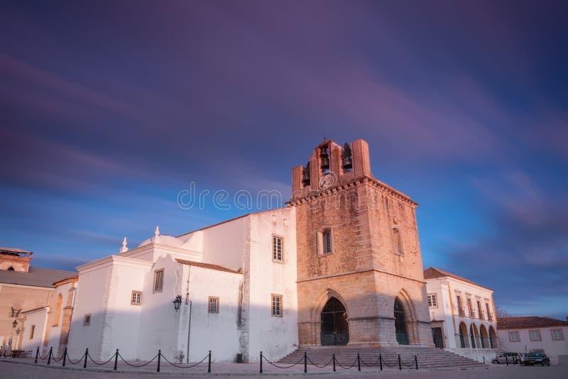 Domkyrkan av Faro är en romare - katolsk domkyrka royaltyfri bild
