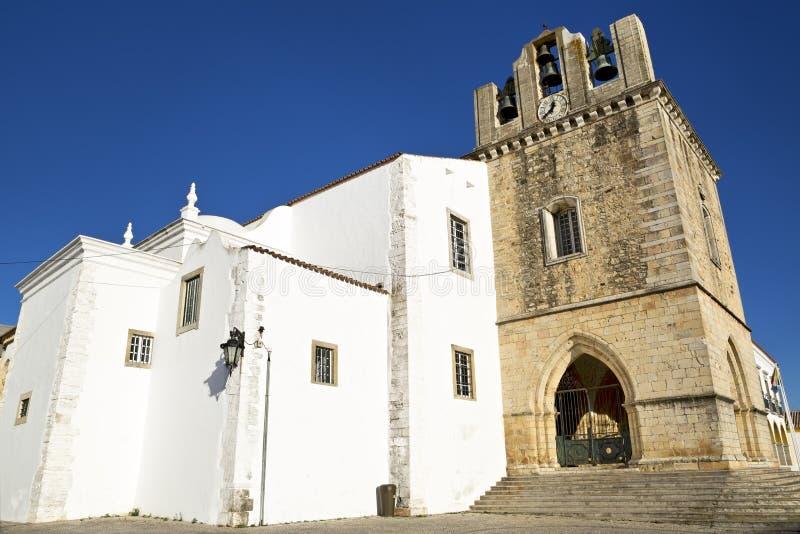 Domkyrkan av Faro (Se de Faro) är en romare - katolsk domkyrka i Faro, Portugal royaltyfri bild