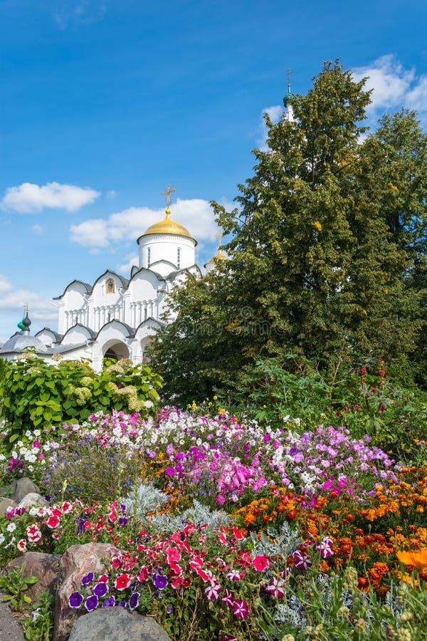 Domkyrkan av interventionen i Suzdal royaltyfri fotografi