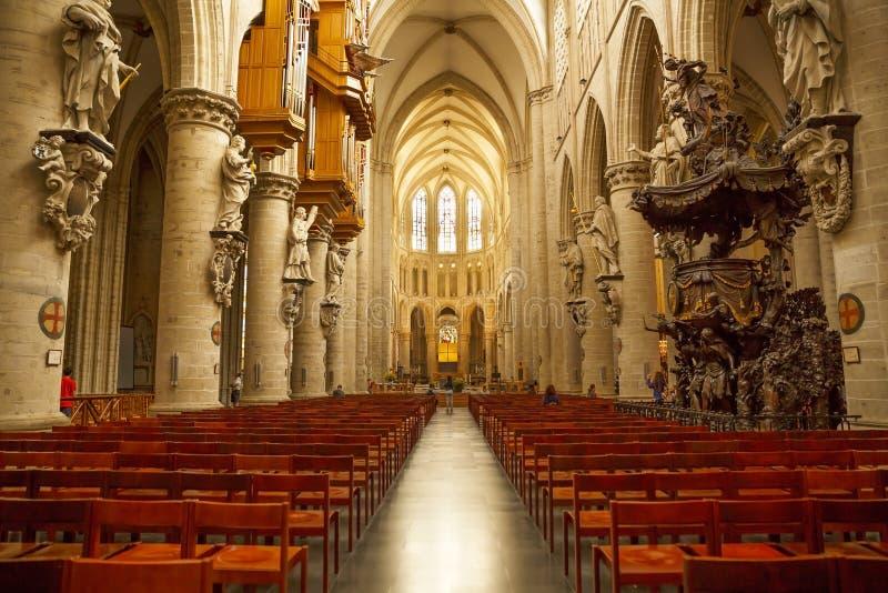 Domkyrkan av St Michael och St Gudula royaltyfria bilder