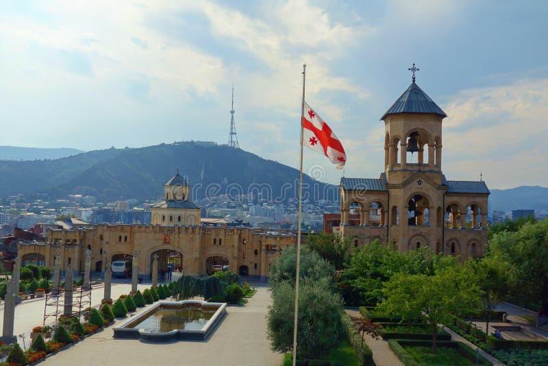 Domkyrkan för helig Treenighet av Tbilisi gemensamt, bekant som Sameba är den huvudsakliga domkyrkan av den georgiska ortodoxa ky arkivfoton