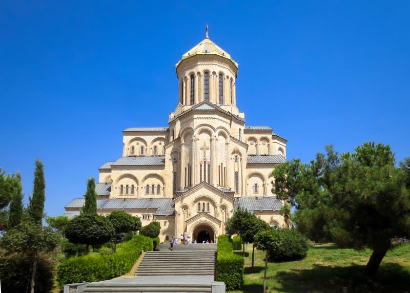 Domkyrkan för helig trinity av Tbilisi som gemensamt är bekant som Sameba i Georgia arkivfoto