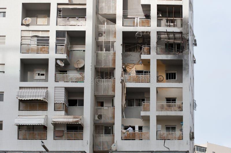 Dommages de maison au centre d'Ashdod, Israel-2 photo stock