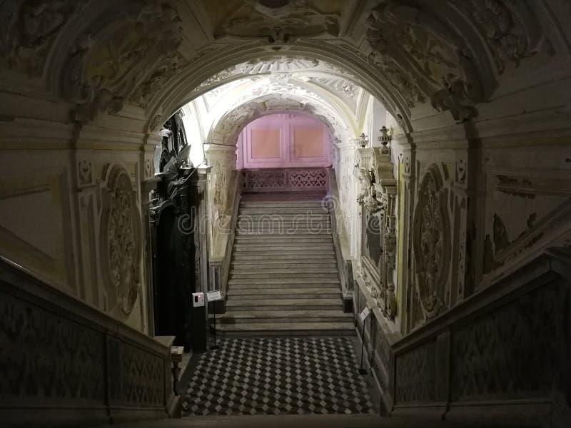 Domo de Gaeta - alcance escadas ao Succorpo foto de stock