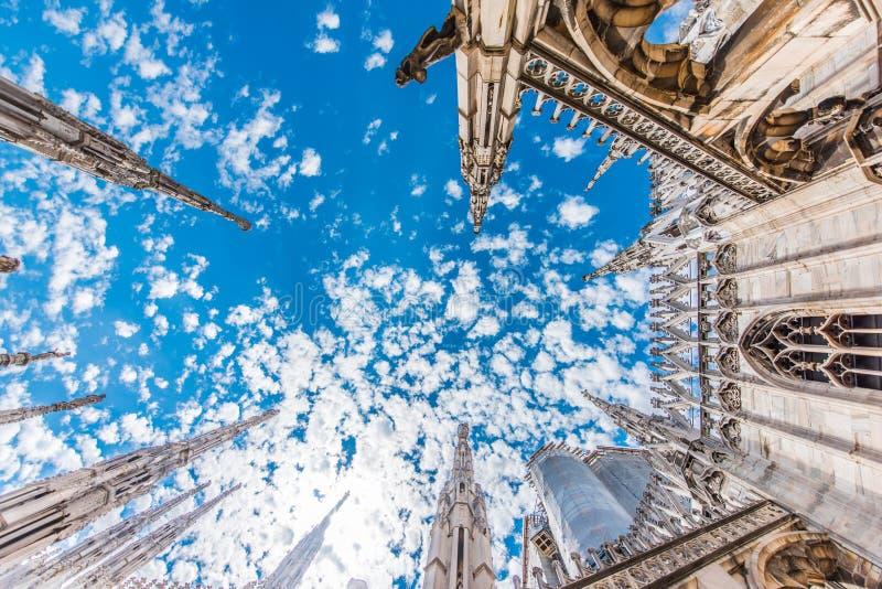 Domo de Milão, Itália, vista do telhado foto de stock