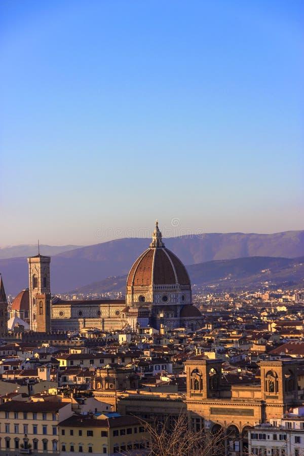Domo Di Santa Maria del Fiore da basílica Florença, Italy imagens de stock royalty free