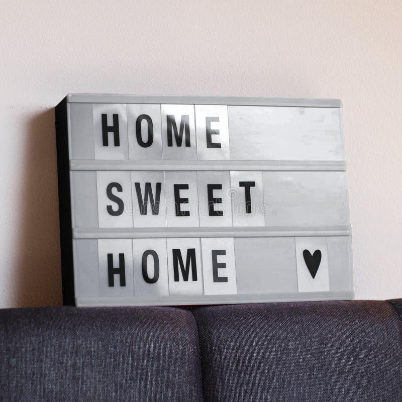 Domowego cukierki domu dekoraci znaka wygodny dom zdjęcia stock