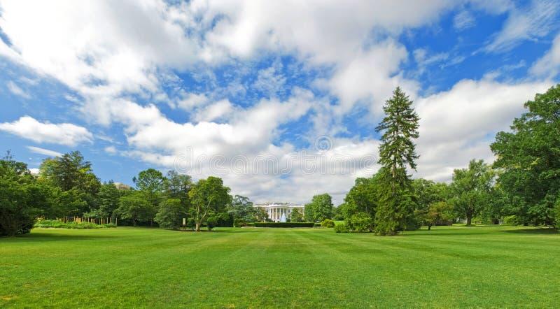 domowej gazonu panoramy południowy biel zdjęcie royalty free