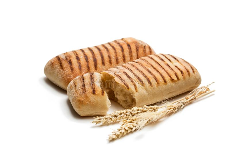 Domowej roboty świeży panini chleb odizolowywający na bielu obrazy stock