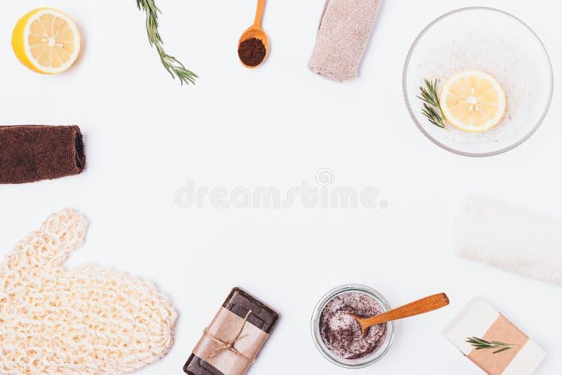 Domowej roboty antych celulitisów kosmetyczna pętaczka zmielona kawa fotografia stock