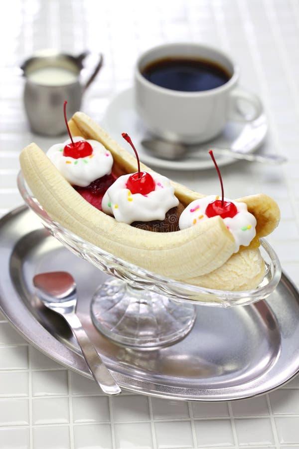 Domowej roboty banana rozszczepiony sundae fotografia royalty free