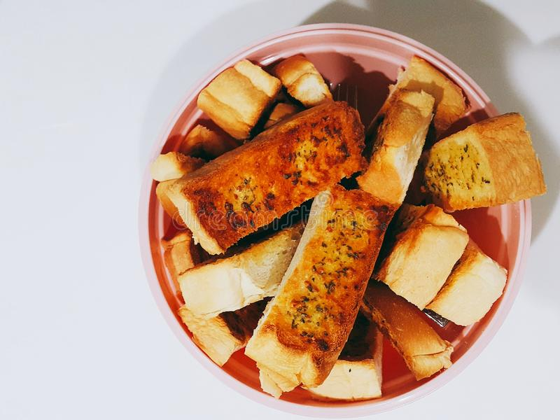 Domowej roboty czosnku chleb zdjęcia royalty free