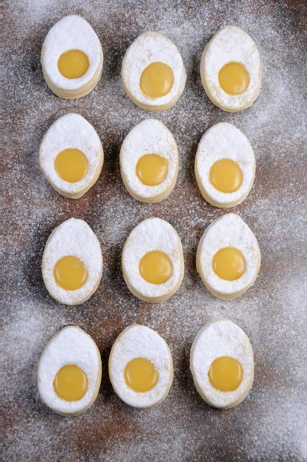 Domowej roboty Easter ciastka obrazy stock