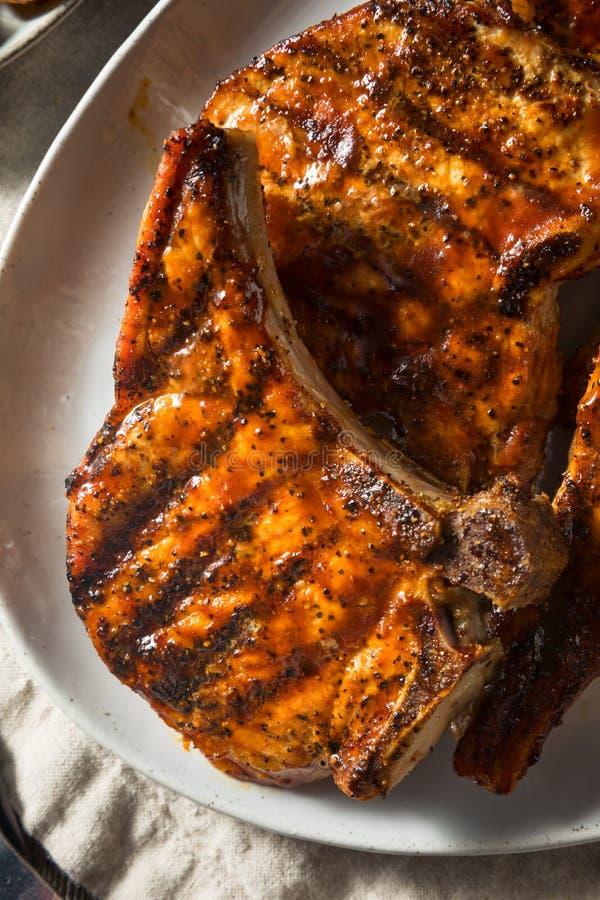 Domowej roboty grill wieprzowiny kotleciki obraz royalty free
