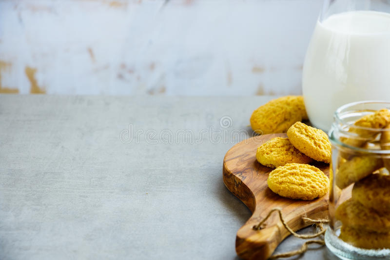 Domowej roboty kokosowi ciastka obraz royalty free