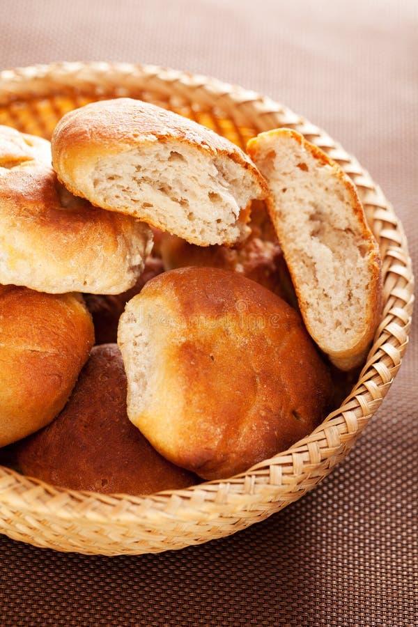 Domowej roboty mali chleby fotografia stock