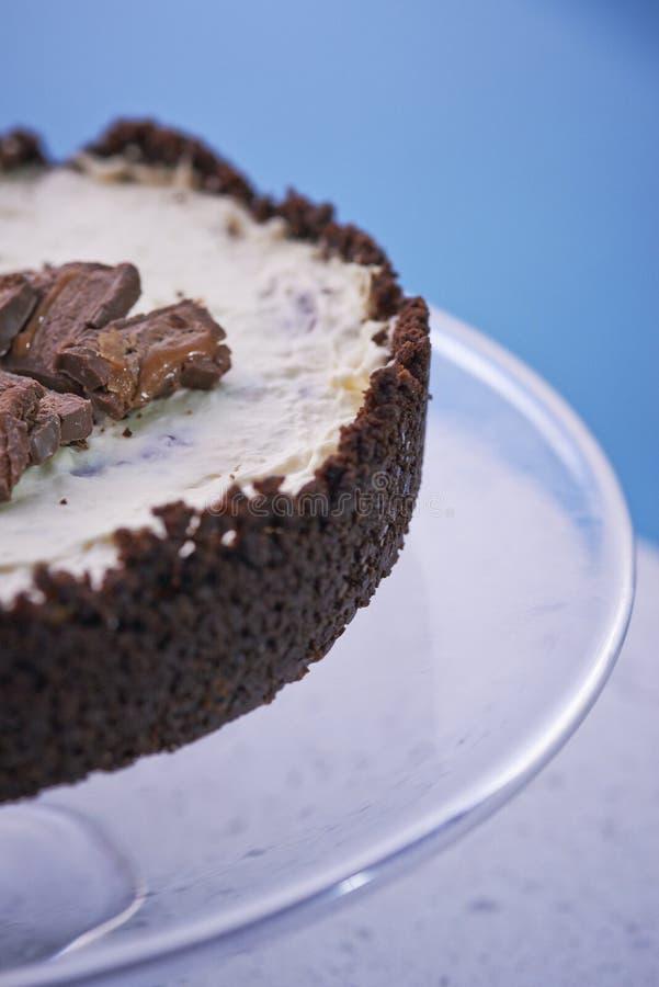 Domowej roboty Mars cheesecake na szklanym talerzu obrazy stock