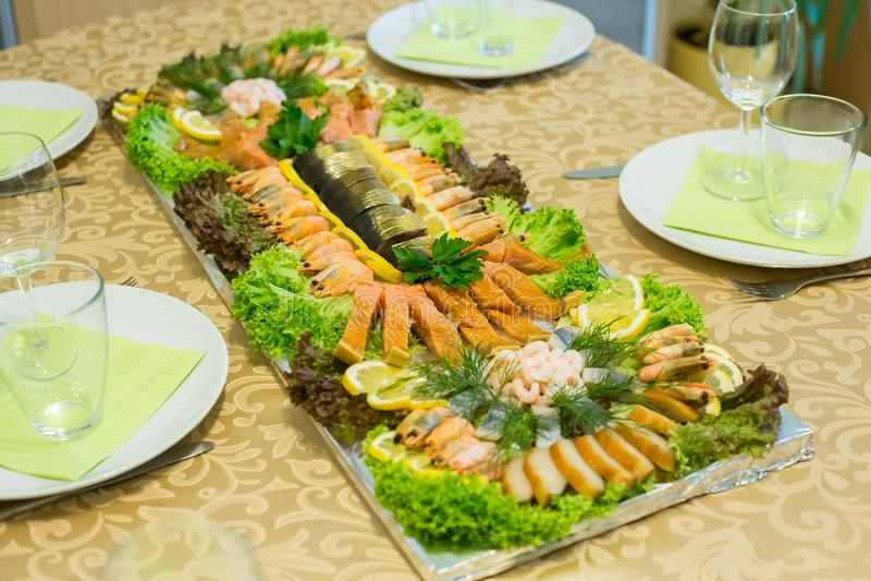 Domowej roboty rybi talerz zdjęcia royalty free