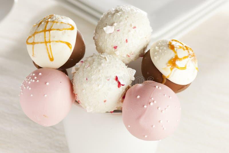 Domowej roboty smakosz Cakepops zdjęcia stock