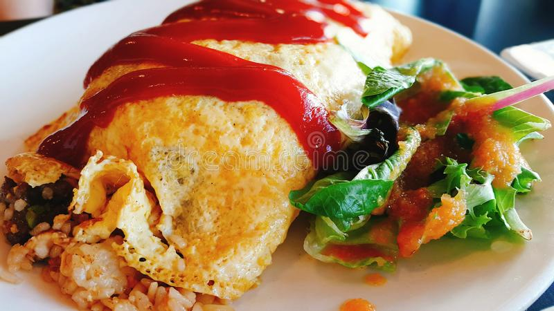 Domowej roboty wołowina japończyka Rice Omelette zdjęcie stock