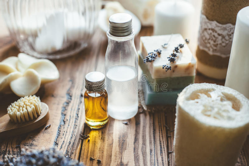 Domowej roboty zdrojów kosmetyki, mydło i obrazy stock