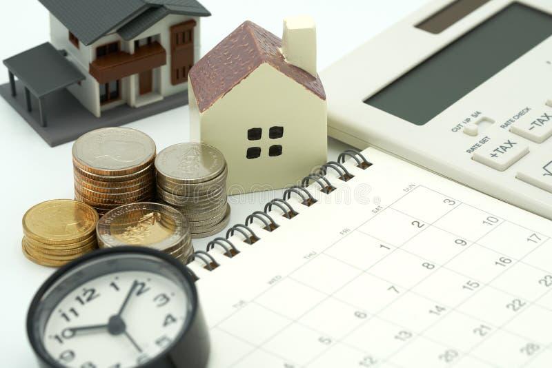 Domowi kalkulatorzy i pióra, Inwestować w inwestyci w realu est obrazy royalty free