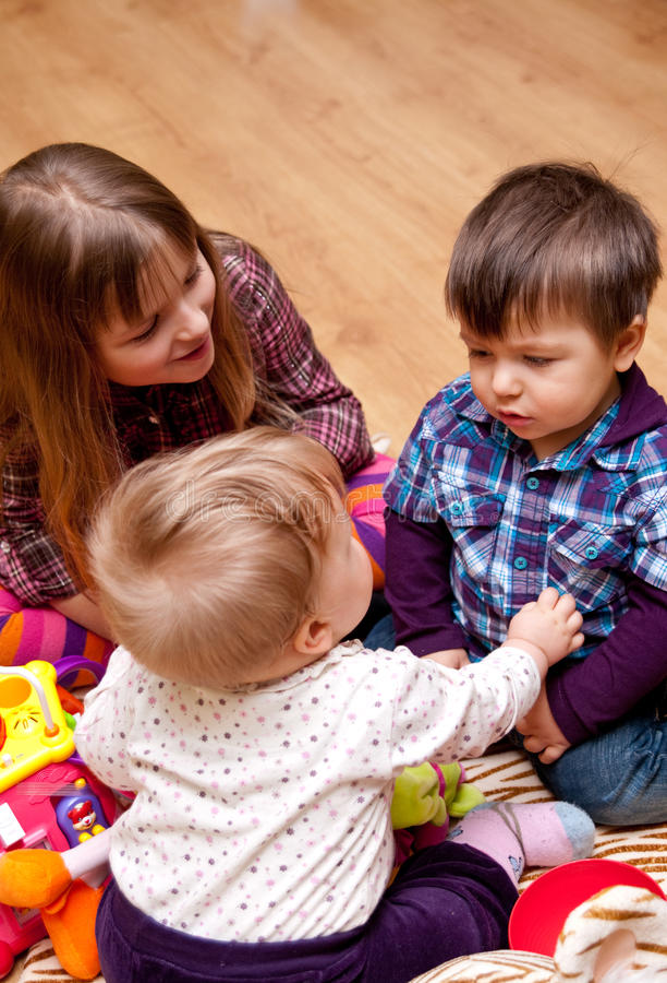 domowy bawić się dzieciaków zdjęcia stock