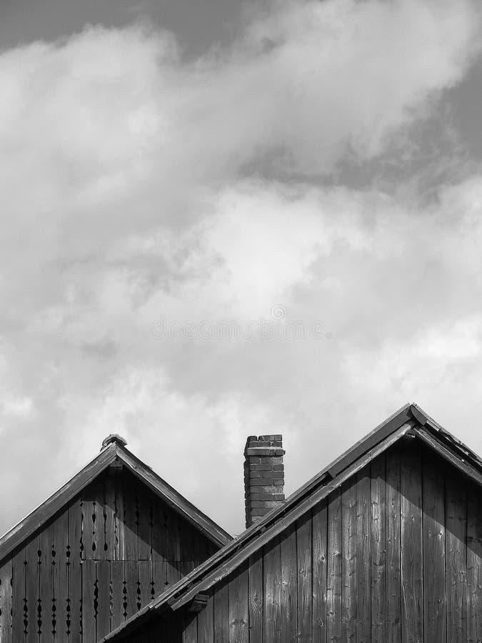 Domowy powierzchowność domu dachu szczyt zdjęcie royalty free