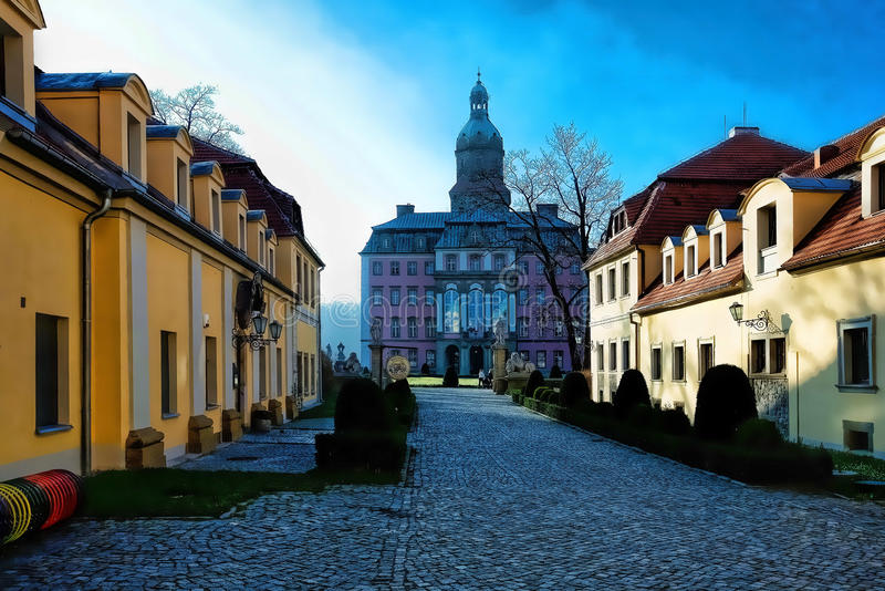 Domstol i polsk slott arkivfoton