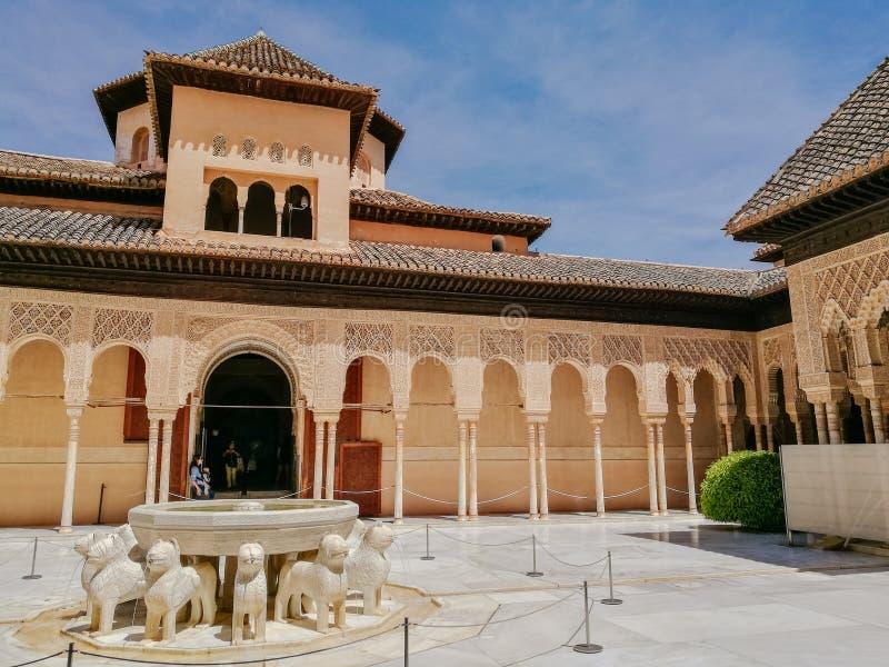 Domstolen av lejonen, Alhambra slott, Andalusia granada spain arkivfoto