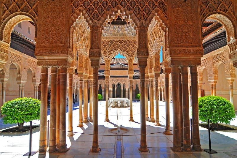 Domstolen av lejonen, Alhambraen, Granada, Andalucia Andalusia, Spanien, Europa royaltyfria bilder