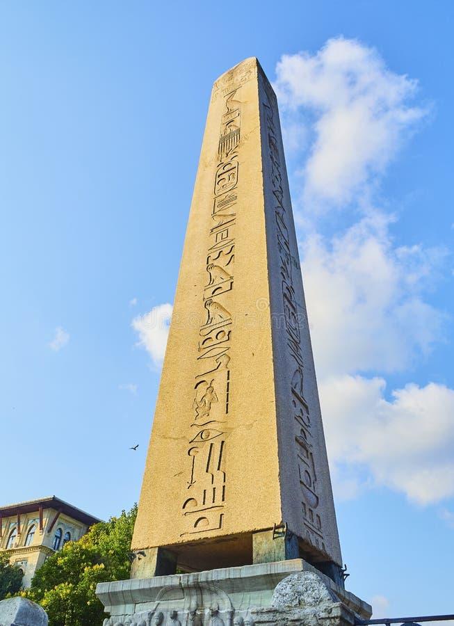 domstolkejsareframsida hans södra theodosius för obelisk Sultanahmet fyrkant Istanbul Turkiet arkivbild