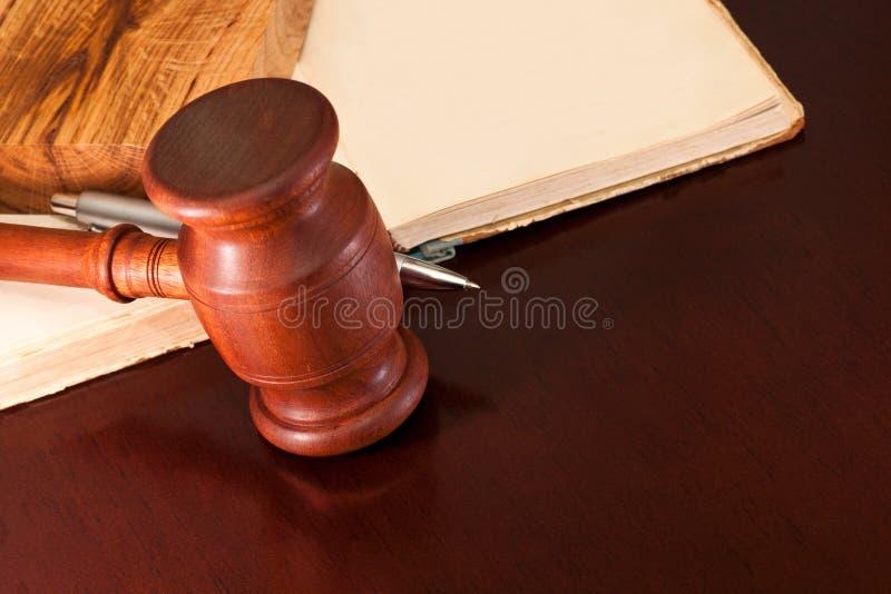 Domstolsförhandlingen arkivfoton