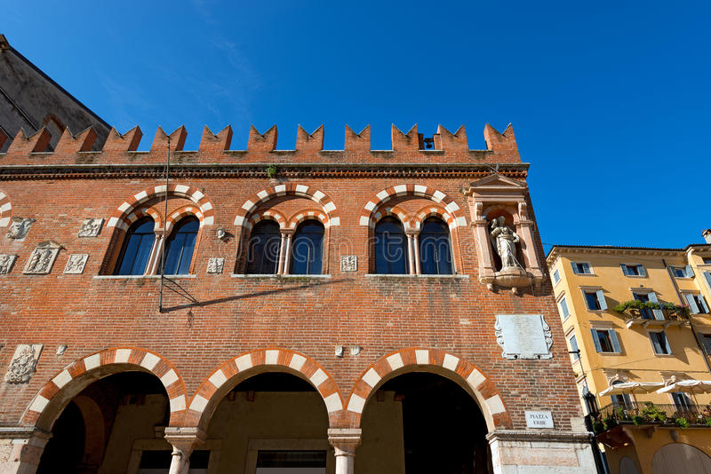 Domus Mercatorum - Verona Italy lizenzfreie stockbilder