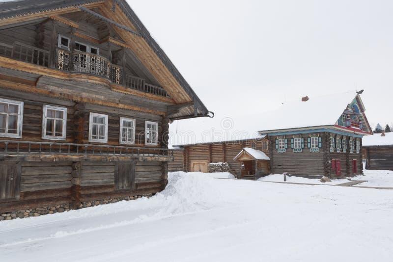 Domy Kopylov w muzeum Drewniany Archi i Khrapovs obrazy stock