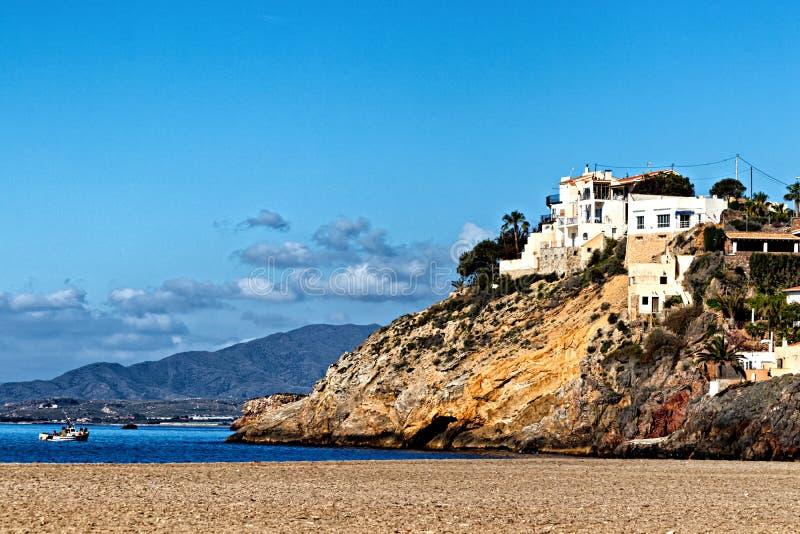 Domy na przylądkowym nad morzem zdjęcie stock
