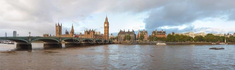 Domy parlament Londyn zdjęcia stock