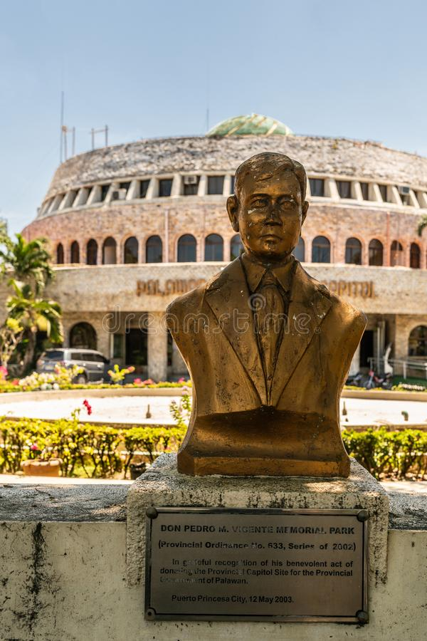 Don Pedro M Het standbeeld l van Vicente in Puerto Princesa, Palawan, Filippijnen royalty-vrije stock afbeelding