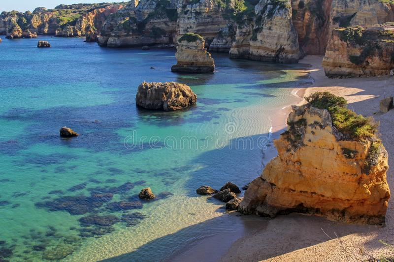 Dona Ana Beach in Lagos, Algarve, Portugal stockfotos