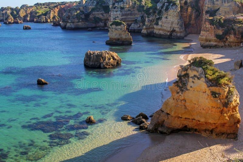 Dona Ana plaża w Lagos, Algarve, Portugalia zdjęcia stock
